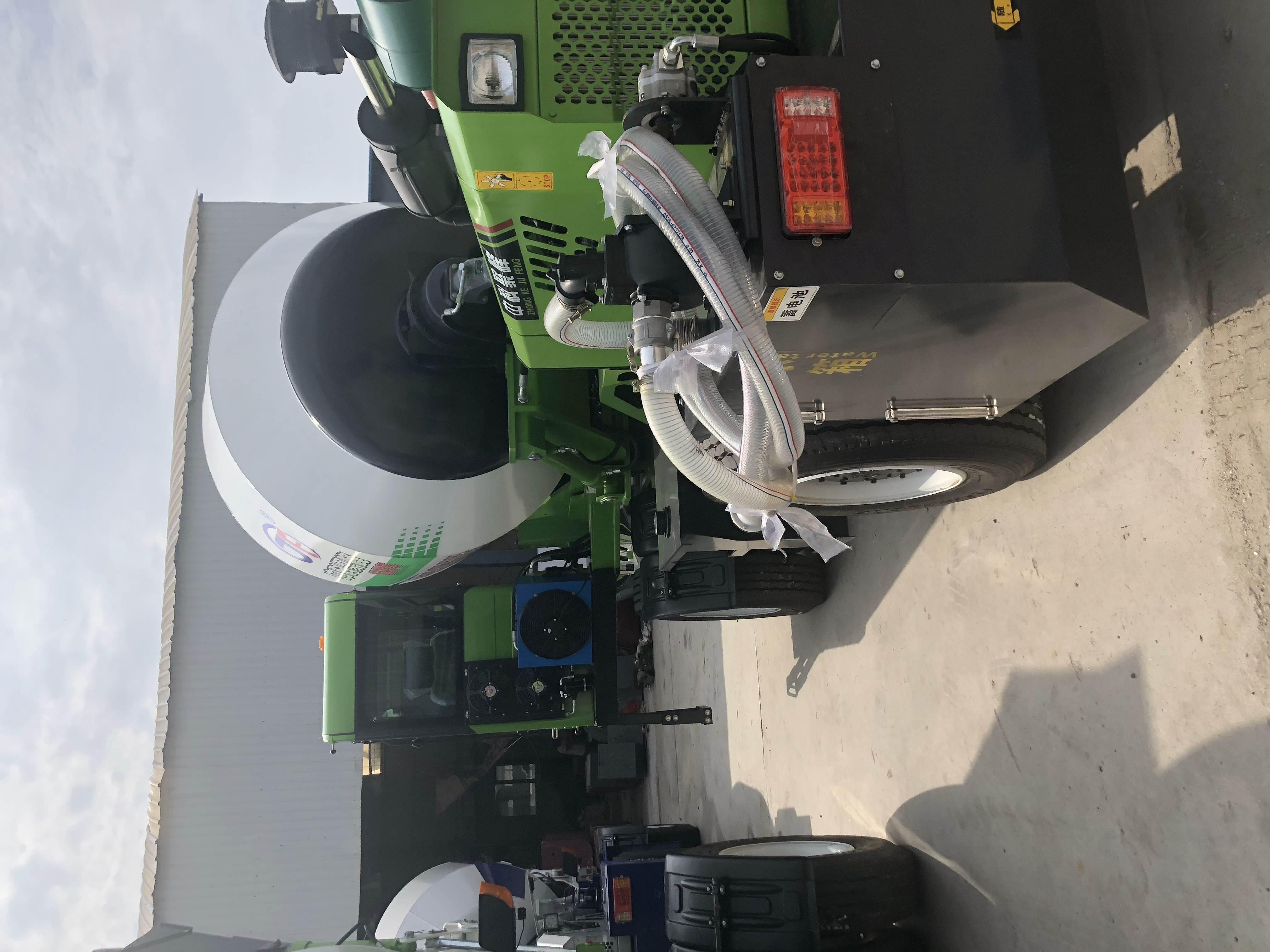 全自动上料搅拌车的驱动装置的重要性!